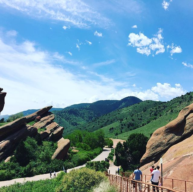 #solotraveler #redrocksparkandamphitheatre #denver https://m.facebook.com/anne0710 - from Instagram